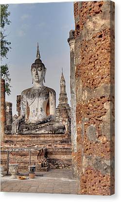 Sukhothai Historical Park - Sukhothai Thailand - 011332 Canvas Print by DC Photographer