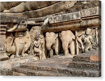 Sukhothai Historical Park - Sukhothai Thailand - 011347 Canvas Print