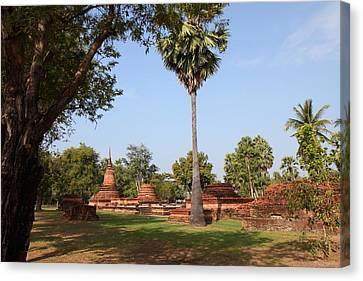 Sukhothai Historical Park - Sukhothai Thailand - 011367 Canvas Print