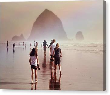 Canvas Print featuring the photograph Summer At The Seashore  by Micki Findlay