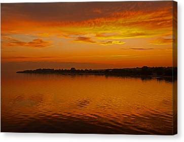 Canvas Print featuring the pyrography Sun Going Down In Jastarnia by Julis Simo