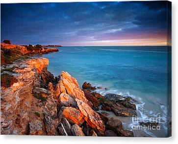 Canvas Print featuring the photograph Sun Lights And The Rocks by Boon Mee