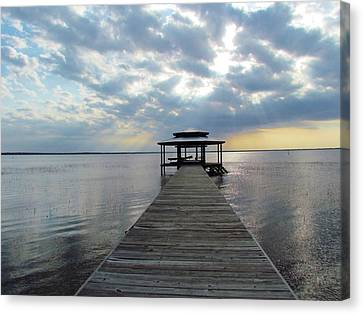Canvas Print featuring the photograph Sun Rays On The Lake by Cynthia Guinn