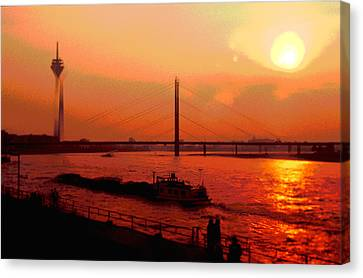 Sun-ship-tower Canvas Print