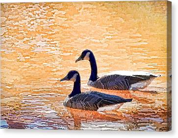 Canvas Print featuring the photograph Sunday On The Pond by Ludwig Keck