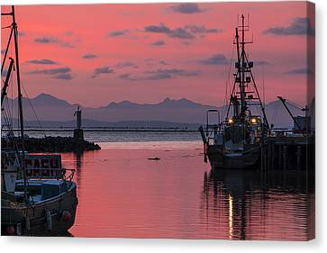 Sunday's Sunset Canvas Print by Michael Thornquist