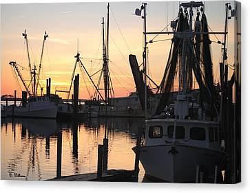 Sundown At Marshallberg Harbor Canvas Print