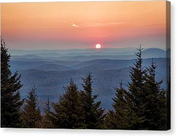 Canvas Print featuring the photograph Sundown From Spruce Knob by Jaki Miller