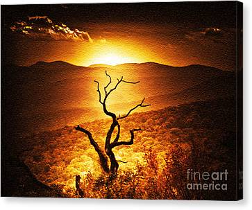 Sundown In The Mountains Canvas Print