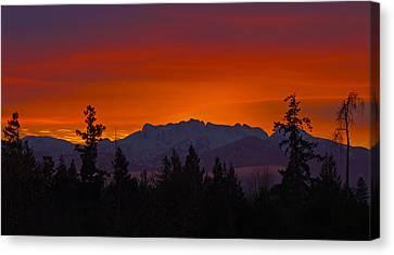 Sundown Canvas Print by Randy Hall