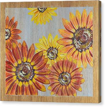 Sunflowers On Wood Panel II Canvas Print by Elizabeth Golden