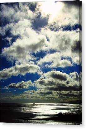 Sunlight Through The Clouds Canvas Print