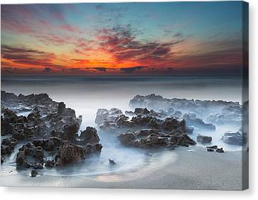 Sunrise At Blowing Rocks Preserve Canvas Print by Andres Leon
