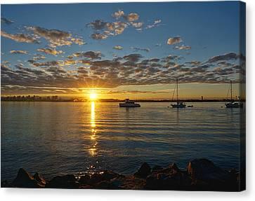 Sunrise At Shelter Island Canvas Print
