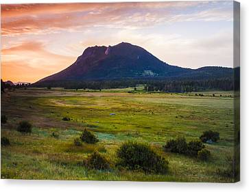Sunrise At The Horseshoe Park Of The Colorado Rockies Canvas Print by Ellie Teramoto