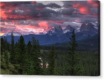 Sunrise In Banff Canvas Print by Darlene Bushue