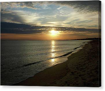 Sunrise In Norfolk Va Canvas Print by Susan Savad