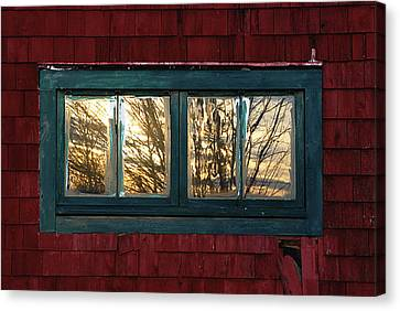 Canvas Print featuring the photograph Sunrise In Old Barn Window by Susan Capuano