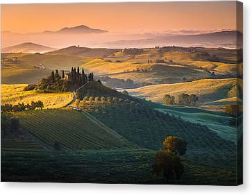 Sunrise In Tuscany Canvas Print