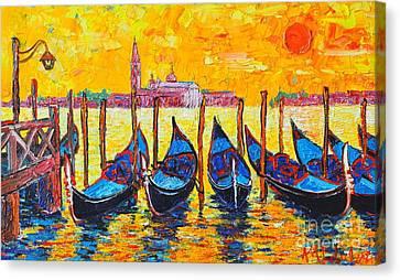 Sunrise In Venice Italy Gondolas And San Giorgio Maggiore Canvas Print by Ana Maria Edulescu