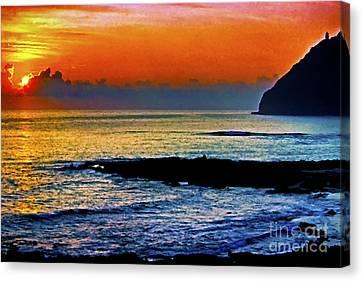 Sunrise Makapuu Point Canvas Print by Thomas R Fletcher