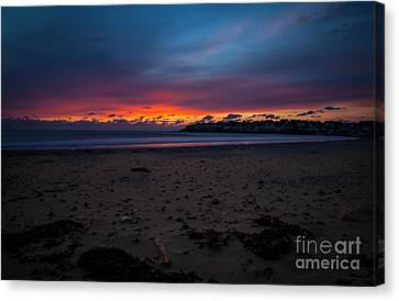 Sunrise On Shortsands  Canvas Print by Sue OConnor