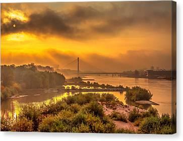 Sunrise Over Swiatokrzyski Bridge In Warsaw Canvas Print by Julis Simo