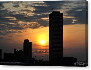 Sunrise Silhouette Buffalo Ny V2 Canvas Print