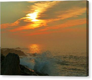 Canvas Print featuring the photograph Sunrise Splash by Elaine Franklin