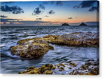 Sunrise With The Mokulua Also Know As Mokes Island Canvas Print