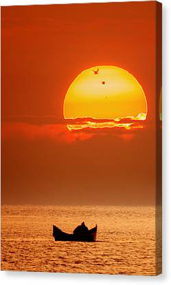 Sunrise With Venus On It Canvas Print