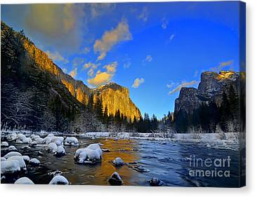 Sunrise Yosemite Valley Canvas Print by Peter Dang