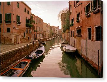 Sunset Along The Canals Of Venice Canvas Print