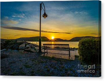 Sunset Along The Hudson Valley Canvas Print by Rafael Quirindongo