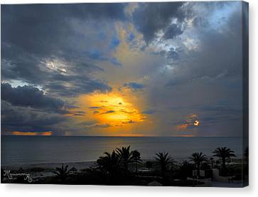 Canvas Print featuring the photograph Sunset And Rain by Mariarosa Rockefeller