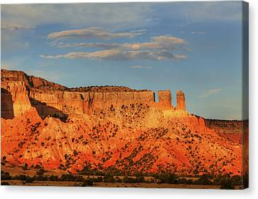Canvas Print featuring the photograph Sunset At Ghost Ranch by Alan Vance Ley