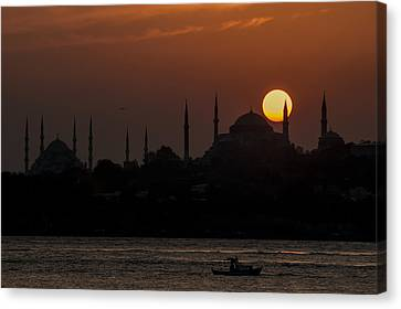 Sunset At Historical Peninsula In Istanbul Canvas Print by Ayhan Altun