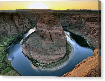 Sunset At Horseshoe Bend Canvas Print by Dan Myers