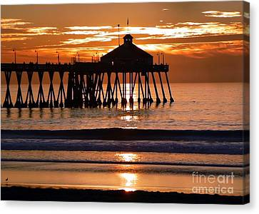 Sunset At Ib Pier Canvas Print
