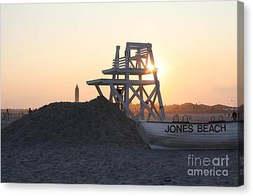 Chair Canvas Print - Sunset At Jones Beach by John Telfer