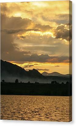 Smokey Sunset At Marshall Lake Canvas Print