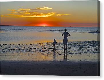 Sunset At Mindil Beach Canvas Print by Venetia Featherstone-Witty