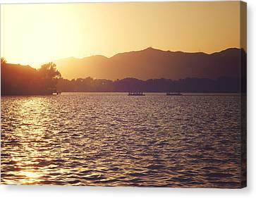 Canvas Print featuring the photograph Sunset At Summer Palace by Yew Kwang