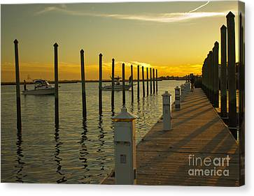 Canvas Print featuring the photograph Sunset By The Marina One by Jose Oquendo