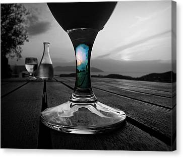 Canvas Print featuring the photograph Sunset Cafe by Micki Findlay