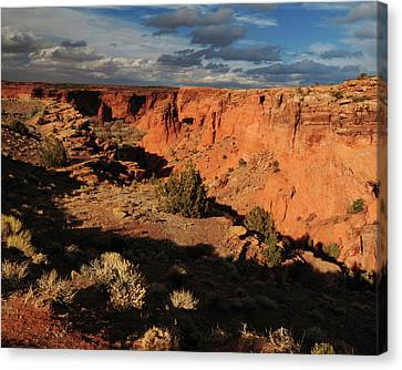Sunset, Canyon De Chelly, Arizona, Usa Canvas Print by Michel Hersen