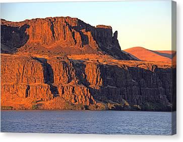 Sunset Cliffs At Horsethief  Canvas Print by Talya Johnson