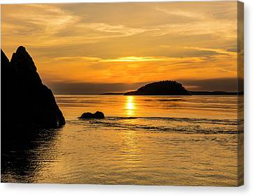 Sunset From North Beach With Deception Canvas Print