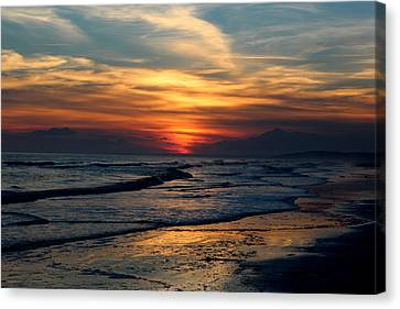 Sunset Glory Canvas Print by Rosanne Jordan