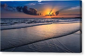 Sunset  Canvas Print by Hayato Matsumoto